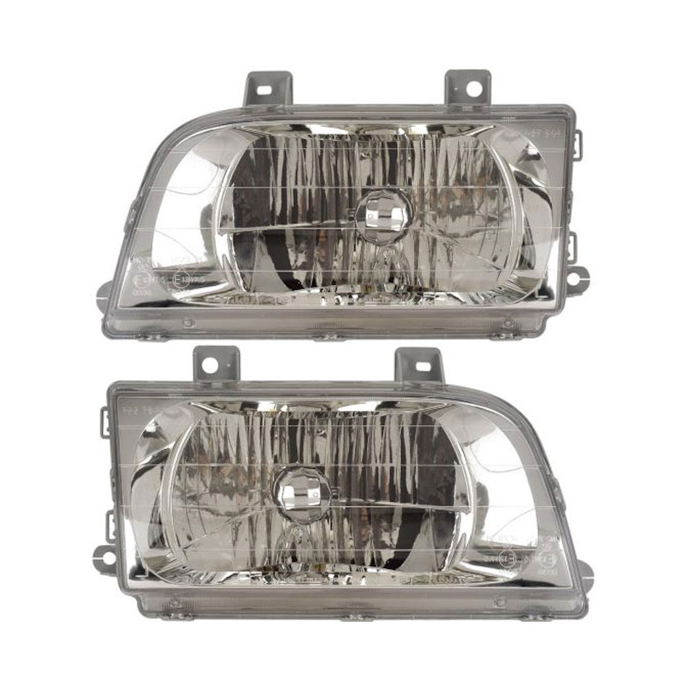 Kia Sportage                       Headlight Assembly PairHeadlight Assembly Pair
