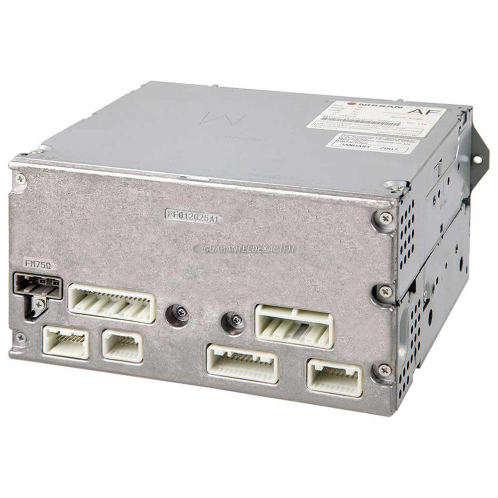Infiniti G37                            Radio or CD Player
