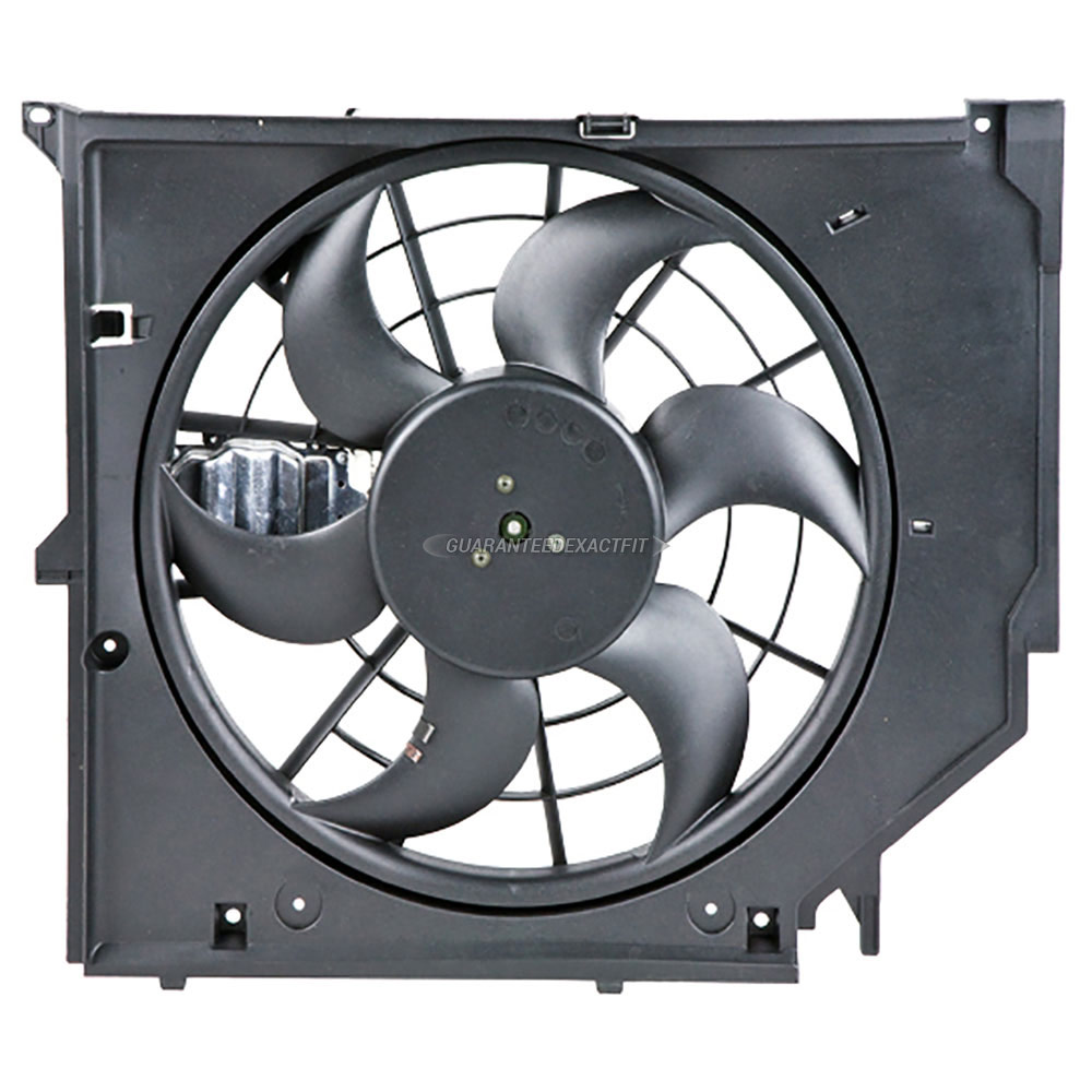 BMW 330xi                          Cooling Fan AssemblyCooling Fan Assembly