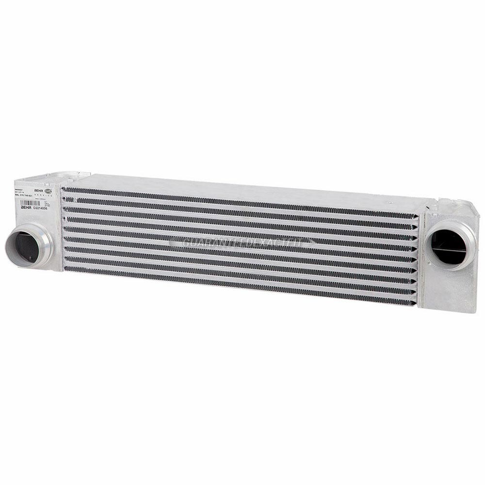 BMW 528                            IntercoolerIntercooler